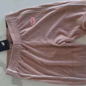 Nike jogger old school,NWT, X-S